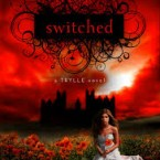 Switched & Torn (Trylle trilogy books 1 and 2), Amanda Hocking